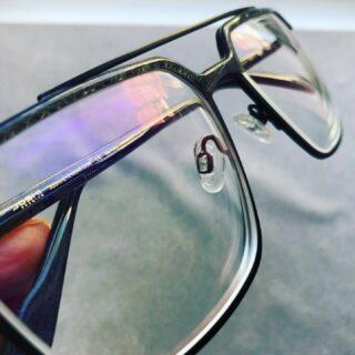 Täna sai palju prille tehtud ja nii mõnigi neist jõudis, ja jõuab veel, enne pühi koju ka 🐇  Palju tänusõnu ja kiitust olen kuulnud ja see teeb meele niiiiiii rõõmsaks 🥰  Suur, suur aitäh kõigile, kes mind usaldavad ja ikka jälle oma prille Maimais teha lasevad 🙏🏻❤️  #maimaioptikasalong  #tänutunnesüdames  #uuedprillid  #prillipoodtallinnas #optometrist #prillid #kõikonvõimalik #kevadmaimaisüdames #essiloreesti #hoyalenses #taaskasutus #uuskasutus #joshieyewear #scandinavianframes